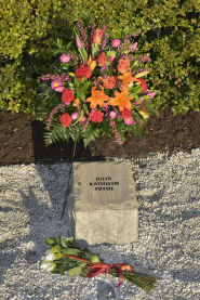 Julia Kathleen Pryde stone at April 16 Memorial